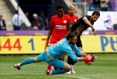 UEFA - Osmanlıspor yenilmezlik serisini 12 maça çıkardı
