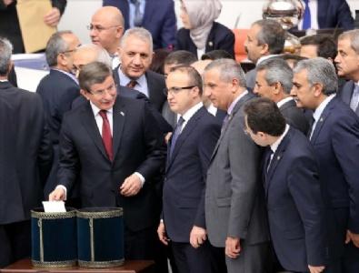 Anayasa Değişikliği 376 Oyla Meclisten Geçti