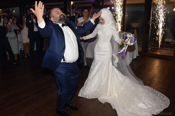 dugun toreni - Oyuncu Erdem Baş ile Selvet Su evlendi
