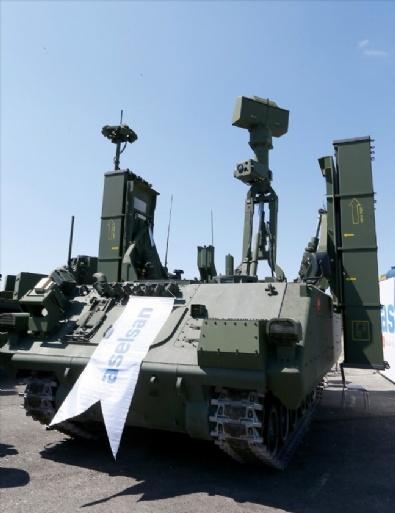 Türk Savunma Sanayisi Ürünleri İzmir'de Sergileniyor