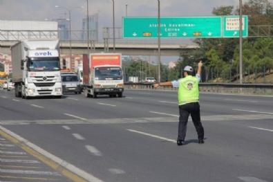 YAVUZ SULTAN SELİM - Ağır Vasıtalar 3. Köprüye Yöneldi, TEM Trafiği Rahatladı