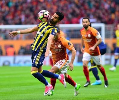 Galatasaray - Fenerbahçe Derbisi (23 Nisan 2017)