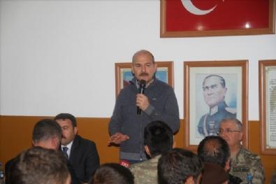 Bakan Soylu Mehmetçik İle Tendürekte Sahur Yaptı