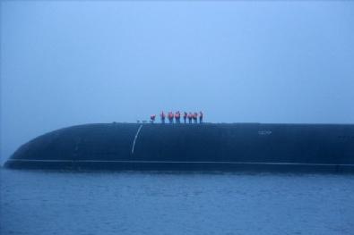 Rus Nükleer Denizaltısı Dmitriy Donskoy Saint Petersburgda