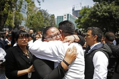 Meksikadaki Depremden İlk Kareler
