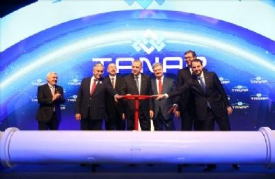 Azeri gazını Türkiye'den Avrupa'ya taşıyacak TANAP açıldı