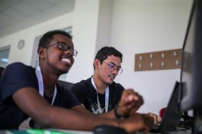 TABIP öğrencileri İTÜ Uçak Uzay Bilimleri Fakültesi'de