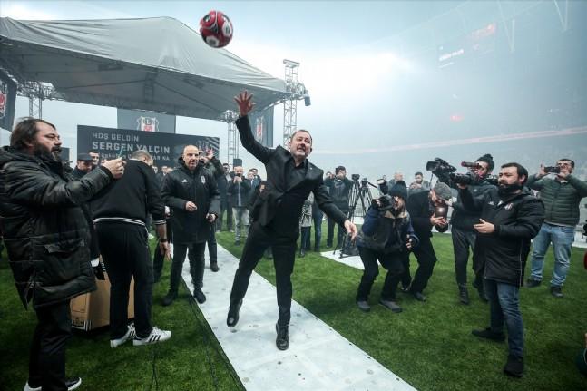 Sergen Yalçın Beşiktaşa İmza Attı!