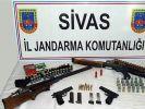 Sivas'ta kaçak silah operasyonu