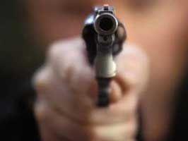 Trabzonspor kulübü doktorunun aracına silahlı saldırdı