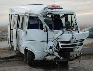 Afyonkarahisar'da trafik kazası: 6 yaralı