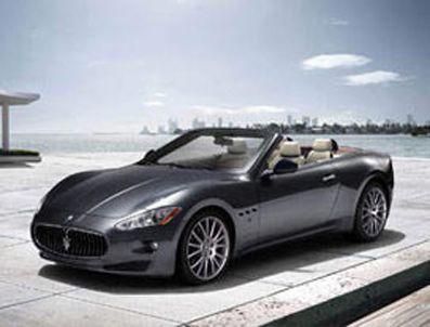 Lüks otomobiller 2012'yi bekliyor