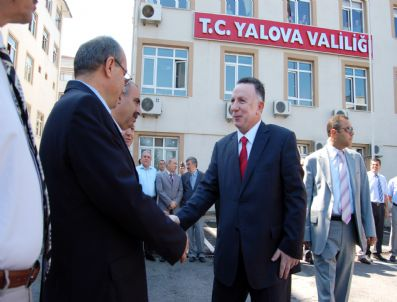 YUSUF ERBAY - Yalova Valisi Yusuf Erbay Görevinden Ayrıldı