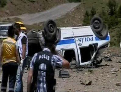Tunceli'de uzaktan kumandalı bomba patladı 2 polis şehit