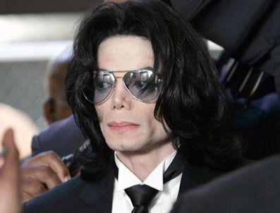 THRILLER - Michael Jackson'ın ceketi satıldı