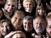 21 kadın ve 21 erkek sanatçı Umut'a poz verdi