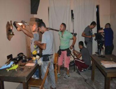 Şehit Öğrencilerin Hikayesini Anlatan Taş Mektep'in Çekimleri Kula'da Sürüyor