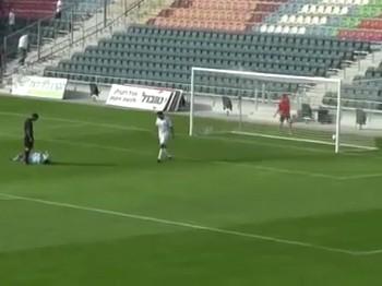 Öyle bir gol kaçırdı ki