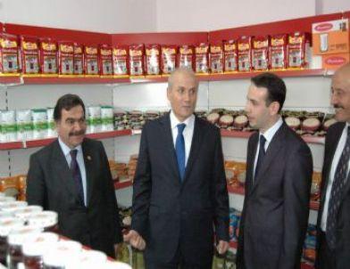 Yardıma Muhtaçların Faydalanacağı Sosyal Market Açıldı