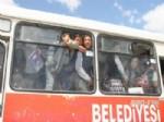 Bir Otobüste 200 Öğrenci
