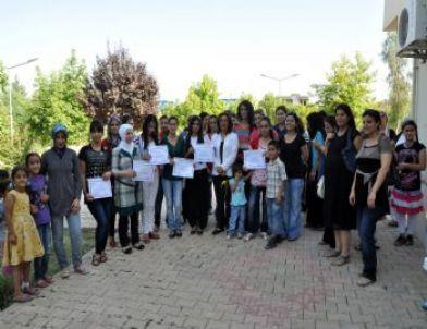 Nusaybin'de Kadın Sağlığı Eğitimi Programını Tamamlayan 12 Kursiyere Sertifikaları Verildi