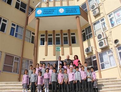 Başkan Tursun Okulları Ziyaret Etti