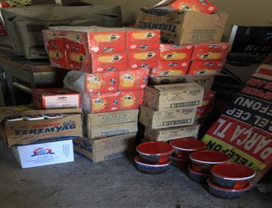 Zabıta Ekipleri 2008 Tarihli 2 Ton Gıda Maddesini İmha Etti