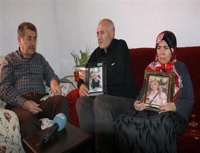 CHP Konak İlçe Başkanı'ndan, Cinayet Kurbanı Ünlüer'in Ailesine Ziyaret