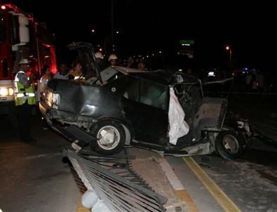 Denizli'de Otobüs ve Otomobil Çarpıştı: 2 Ölü