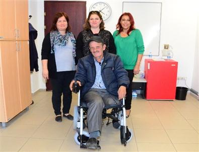 Engelli Kurnaz'a Akülü Tekerlekli Sandalye