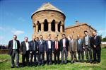 LOKMAN ÇAĞRICI - Bağcılar Belediye Başkanı Ahlat'ı Gezdi