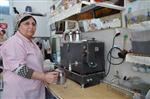 AHMET AKAY - (özel Haber) Demirci'de Kadın Girişimci Eşinin Mesleğine Sahip Çıktı