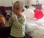 İki Yaşındaki Kağan  Artık Duyabilecek