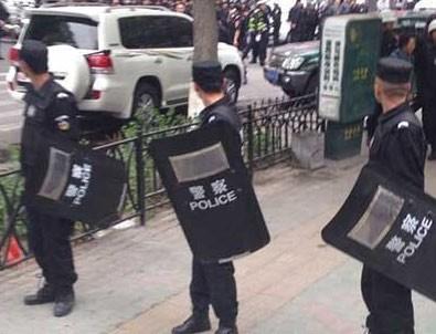 Çin'de pazar yerine bomba