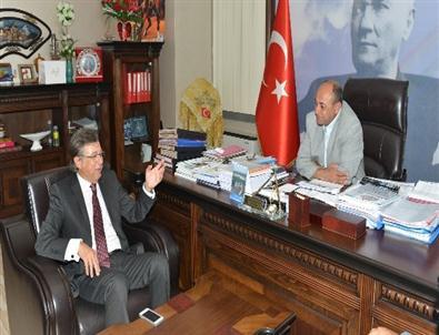 Çiğli'de Belediye-sanayici İşbirliği