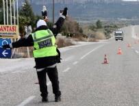 RÜŞVET DAVASI - Trafik polisine rüşvet: Tanga ve bikini!