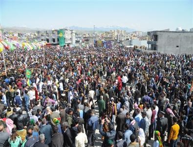 Cizre'de Coşkulu Nevruz Kutlaması