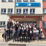 Saraykent Ortaokulu Öğretmenlerinden Öğrencilere Yardımcı Kitap Desteği