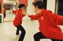 JACKİE CHAN - Jackie Chan Hayranlığı Wushu'da Başarı Getirdi