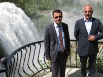 NİAGARA ŞELALESİ - Uzundere Kaymakamı Arslan Ve Belediye Başkanı Özsoy'dan Şelale'ye Davet