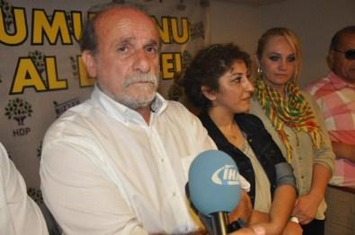 HDP İzmir'de 'İki Vekil' Coşkusu