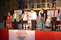 BÜLENT SEYRAN - Dalaman'da 'Dikkat Aile Var' Oyunu Beğeni Topladı