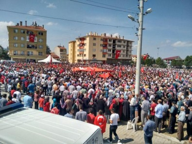 Şehit Polisi Binler Uğurladı