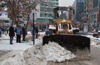 Elazığ'da 295 Köy Yolu Kapandı