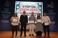 YÜCEL ARZEN - Genç Yönetmenler Sertifikalarını Aldı