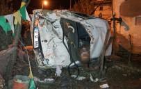 Otomobil Evin Bahçesine Uçtu Açıklaması 2 Ölü, 4 Yaralı