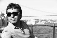 YAKIN PLAN - Gümüşhane Vali Yardımcısı Şenol Turan'ın Kitap Tutkusu