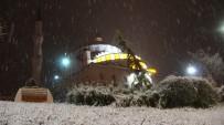 Kar Yağışı Elazığ'ı Beyaza Bürüdü