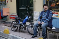 CEZMİ BASKIN - Küçük Esnaf Filmi İzmir'i Kahkahaya Boğacak