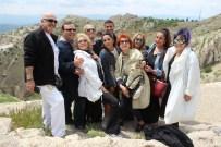 NURSEL KÖSE - Çayda Çıra Film Ve Sanat Festivali'nin Ünlü Konukları Harput'u Gezdi